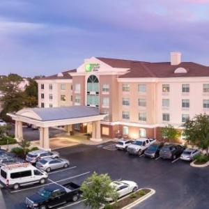 Holiday Inn Express & Suites Columbia-I-26 @ Harbison Blvd Columbia