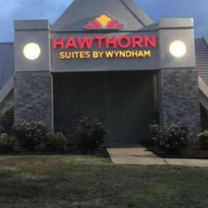 Hawthorn Suites by Wyndham Columbia Columbia